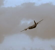 cloud chaser! by neil hewitt