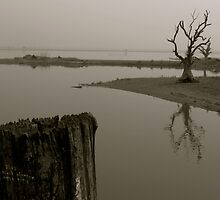 U Bein Bridge by bdoherty
