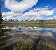 Little Redfish Lake by Bob Vaughan