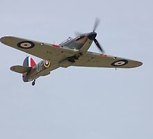 Hawker Hurricane G-HUPW / R4118  by Rees Adams