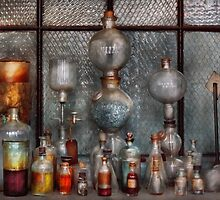 Chemist - The Apparatus by Mike  Savad