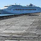 Old Bunbury wharf cruise ship by AndrewBentley