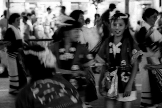 girl at hajioji festival by moyo