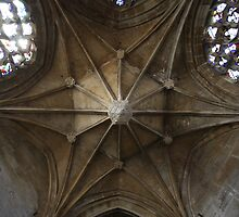 Pendant Vault by Gothman