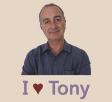 I ♥ Tony Robinson. by Earth-Gnome