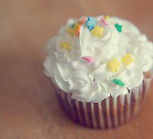 Cupcake by KendraJKantor