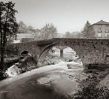Medieval bridge - Aquelcabos bridge by El Gran Toñeti