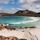 Thistle Cove, Esperance by Blue Gum Pictures