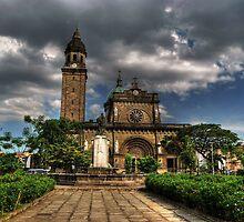 Manila Cathedral by Yhun Suarez