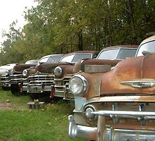rusty cars by leethetree