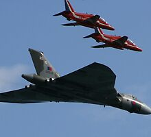 Red Arrows Vulcan Escort by bobdaw