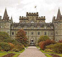 Inveraray Castle by Lynne Morris