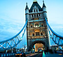 Tower Bridge by ncamarillo