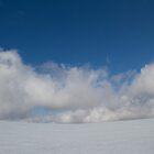 Taking a break - Mt Feathertop.  by Ben    Greg
