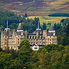 Scotland The Brave, Castles and Landscapes by Yannik Hay