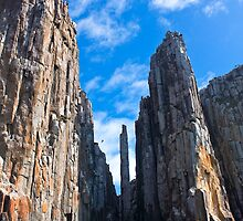 Rock Climbers traverse the gap to the Candle Stick by andychiz