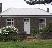 Port Fairy Cottage by Rochelle Buckley
