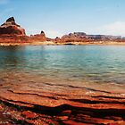 Lake Powell by Chloe  Garfield