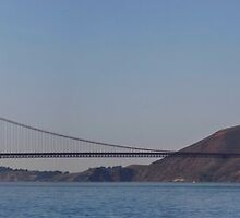 LHD-8 Under the Golden Gate by fototaker