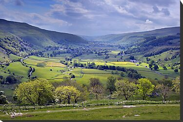 Wharfedale - The Yorkshire Dales by Dave Lawrance