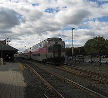 1711 MBTA Commuter Rail (OUTBOUND) by Eric Sanford