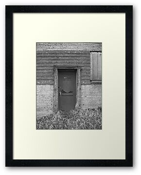 Door by arawak