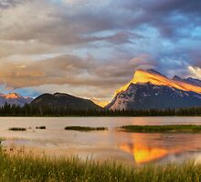 Vermillion Lakes, Banff, Canada by Karl Lindsay