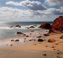 Flynns Beach at port Macquarie by Ashpix