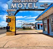 Blue Swallow Motel. Tucumcari, New Mexico by chrisyfitzuk