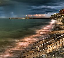 10 Minute HDR - Whitby - B&W ND 3.0 Filter by Neal Petts