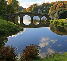 Stourhead in Autumn by RedHillDigital