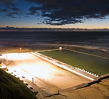Merewether Baths by Andrew Murrell