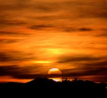 Sun Going Down by George Lenz