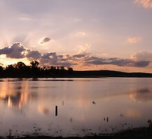 Sun set over BJ dam, Murgon by SuzieD