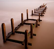 Overstrand Groyne 2 by Norfolkimages
