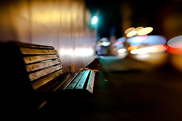 bench@night by waitin' for rain