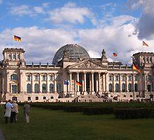 Government Building, Berlin by valjones