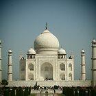 Taj Mahal by nickilalala