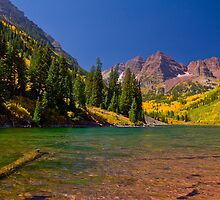 Maroon Bells (3:2 crop) by iiphoto
