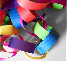 Celebrate with streamers by Caroline Hannessen
