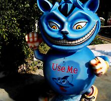 USE ME bin in Dubai movie world by Mira Fertin