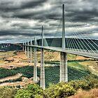 Millau Viaduct by EllensEye