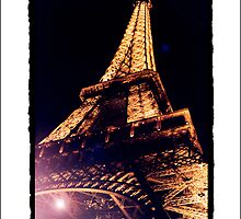 Paris by Night by saiclone