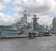 HMS Belfast by Graham Taylor