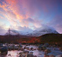 Srón na Créise Sunrise by Douglas  Latham