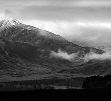 A Highland Kingdom - The Oncoming Snows by Kevin Skinner