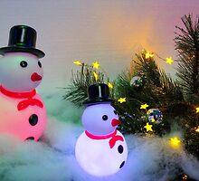 Illuminated Snowmen by Detlef Becher