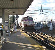 1135 MBTA Commuter Rail at Needham Heights by Eric Sanford