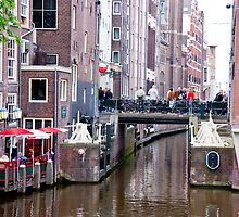 Canal Lunch by phil decocco