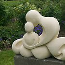 Mothre and Child, garden sculpture, Flaxmere Garden, New Zealand by johnrf
